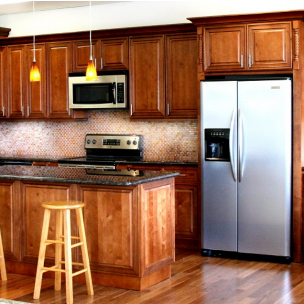 J&K Cabinetry : Mocha Maple Glazed – Royal Kitchen and